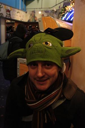 Des supers bonnets Mickey pour avoir lair dun Mickey benêt Présentés par votre mannequin préféré